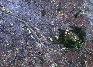 Landsat 8 True colour composite of Paris from 11/11/14. Courtesy NASA/USGS.